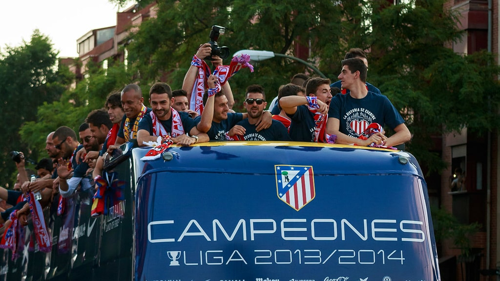 1200px-Madrid_-_Atleti_campeón_-_140518_201048
