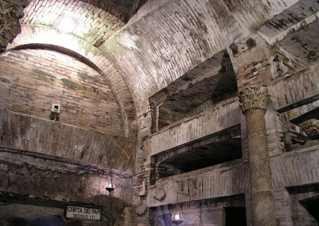 The Catacombs of San Callisto | © Dnalor 01/WikiCommons