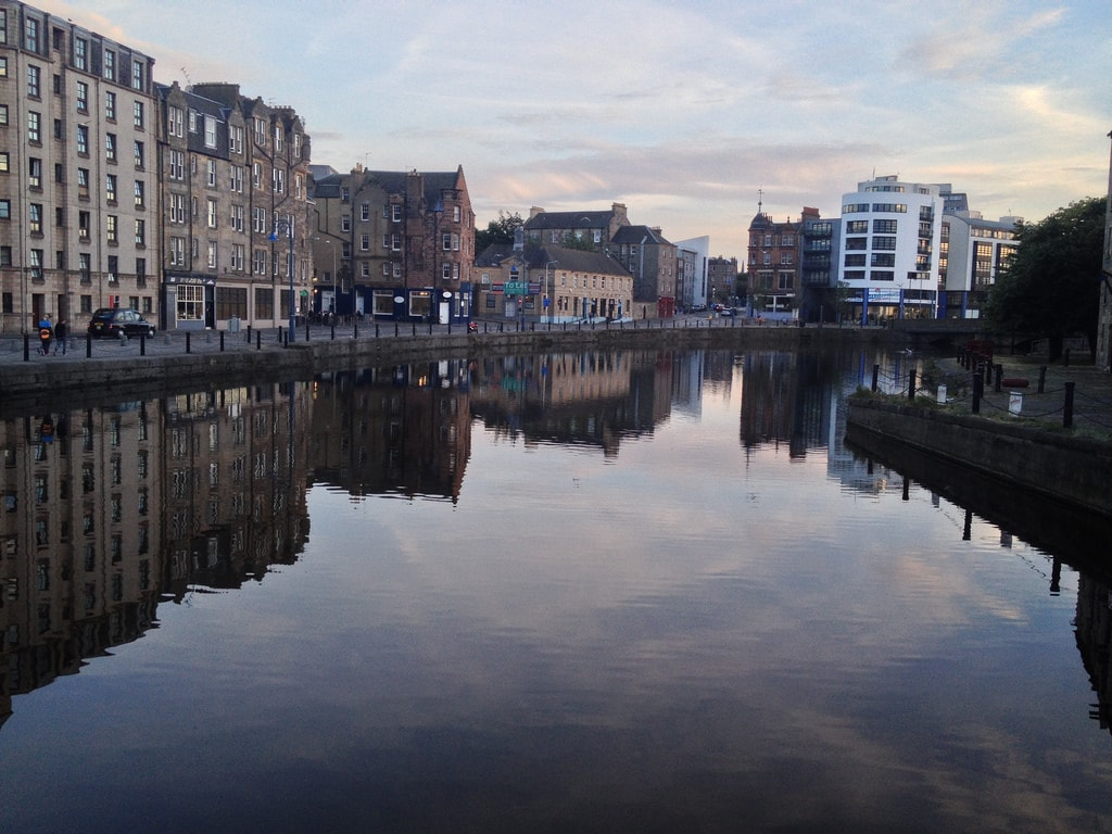 Reflections, Leith | © Christine McIntosh / Flickr