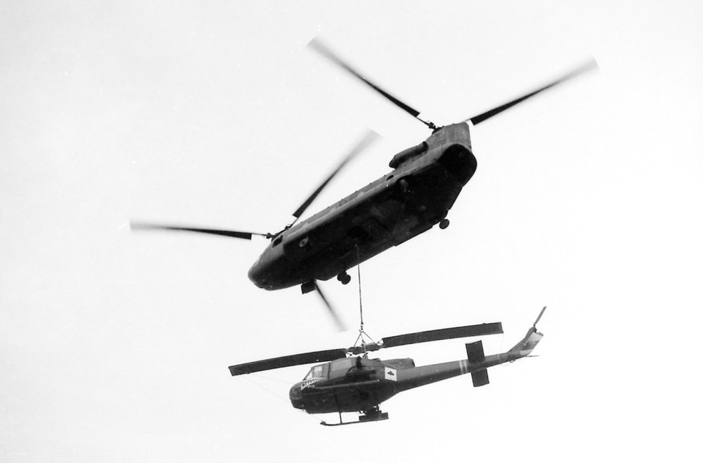 Ace of spades of an American helicopter   © manhhai/Flickr (original by Robin Benton)
