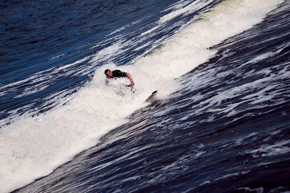 Surfing in Latvia   © Līga Vītola