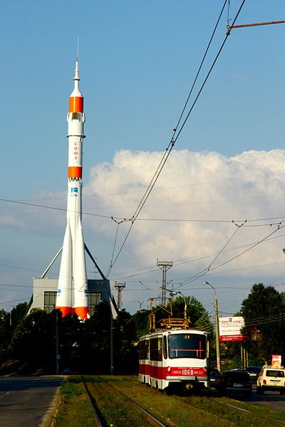400px-R-7_Rocket_at_the_Samara_Space_Museum