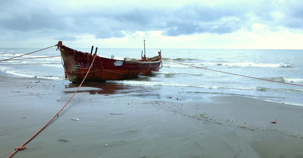 Caspian Sea | © Ninara / Flickr