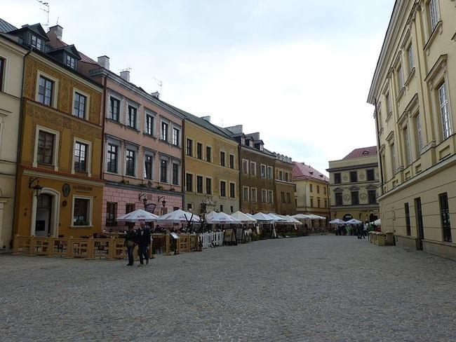 800px-Lublin_Market_Square_02