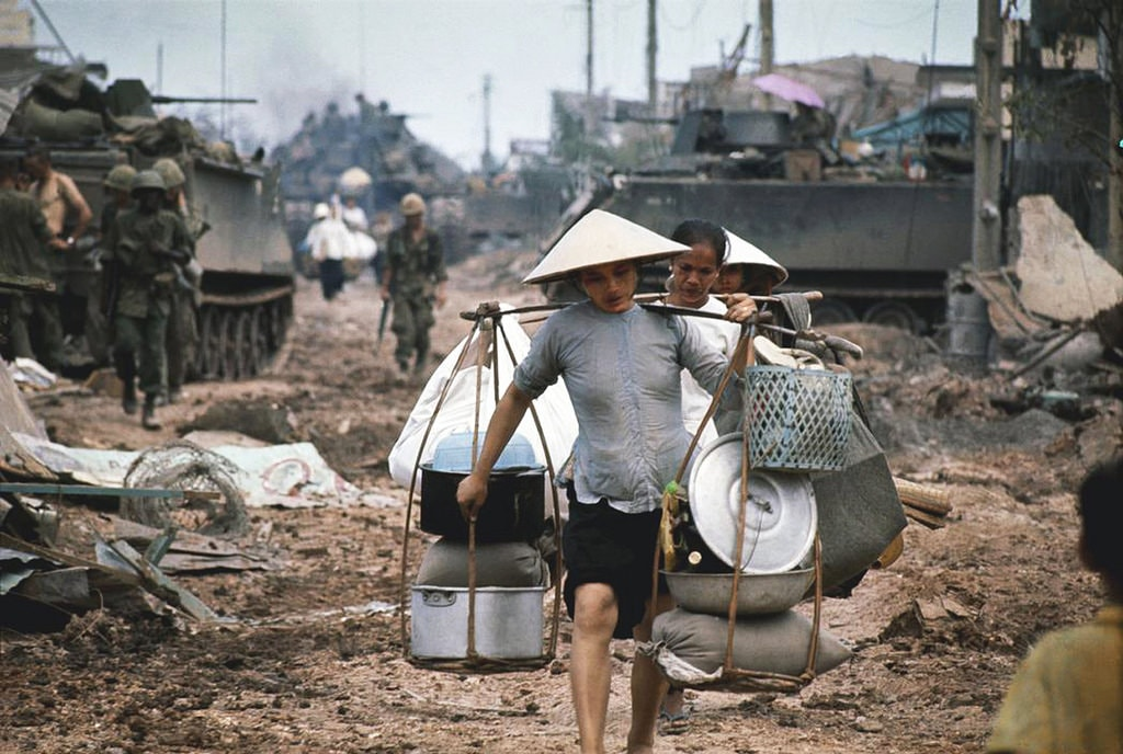 When the fighting came to Saigon   © manhhai/Flickr (Original by Philip Jones Griffiths)