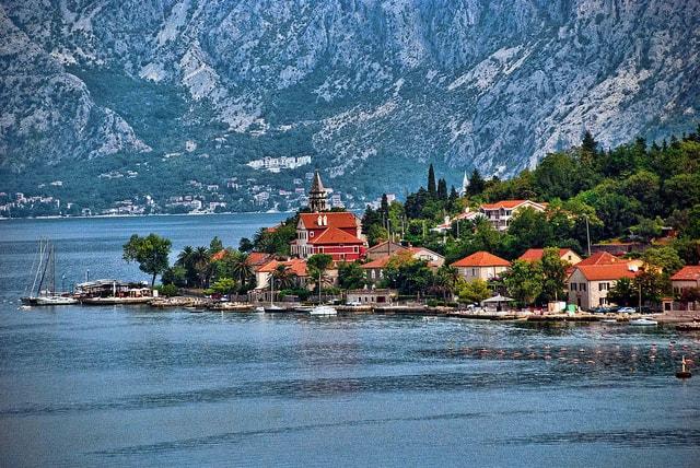 "Montenegro | <a href=""https://www.flickr.com/photos/21078769@N00/9694829732/in/photolist-fLGx7L-fL3jwS-gZxQZq-gtCbhK-nt6yn6-na1qgC-epmgsR-gK7JC9-UWoRtr-NeSyTf-iwmkPY-M1GZiT-UZsdBq-nJGFGf-KvLSZT-YjgURk-aK9ZPT-iyXJQf-oGtgiy-ryNU4T-u4opDu-vE8ebL-TfitRv-k8owDk-e4d8qN-ftLjcu-LiQfBL-VxPNEp-LX5drD-fZABqU-qpKVw8-Le1JAw-gdw6x4-KYt95Q-xGw4W1-dyRy6U-pJMvVN-nPcpw2-Sgvw69-dLmSyQ-oGuWUf-ozgkxG-UjhUTV-8GjsTh-UyA3xz-XEEucD-k4nnvC-8GjjGf-8GgoGz-XeGcoo"" target=""_blank"" rel=""noopener"">© Trish Hartmann/Flickr</a>"