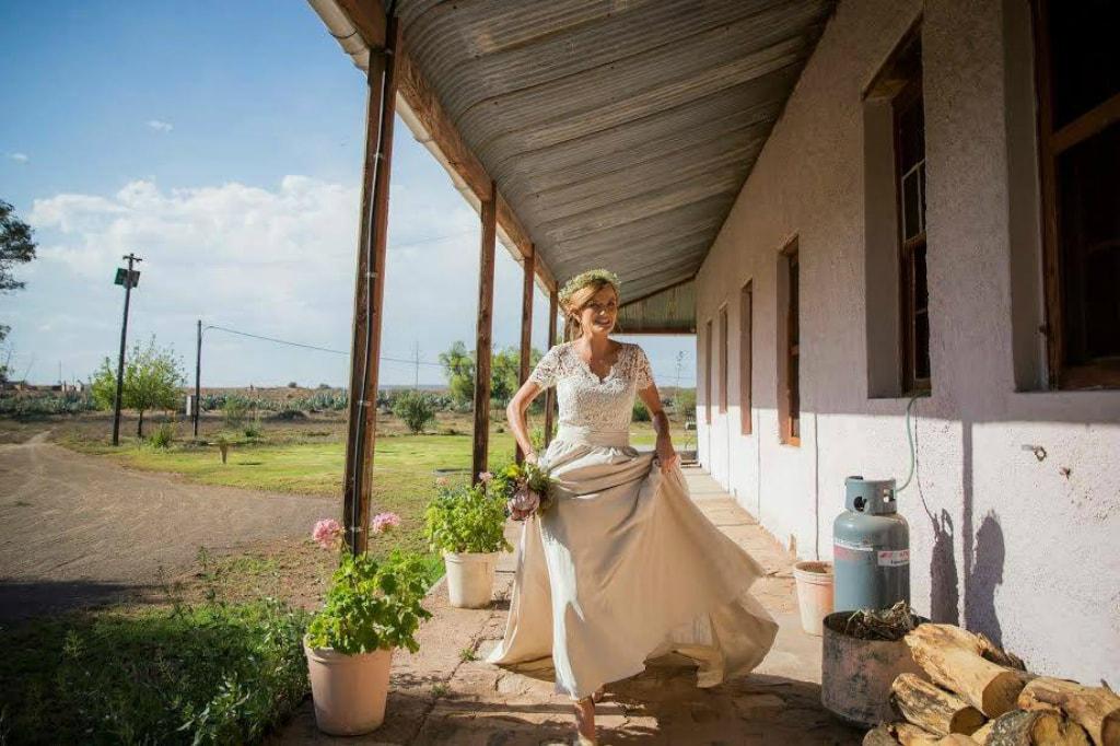 Wedding dress   © A Dong Silk/Facebook