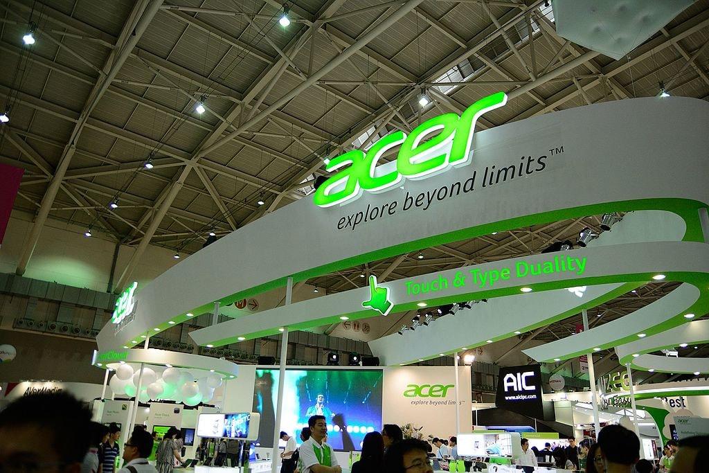 Acer_booth,_Computex_Taipei_20130607