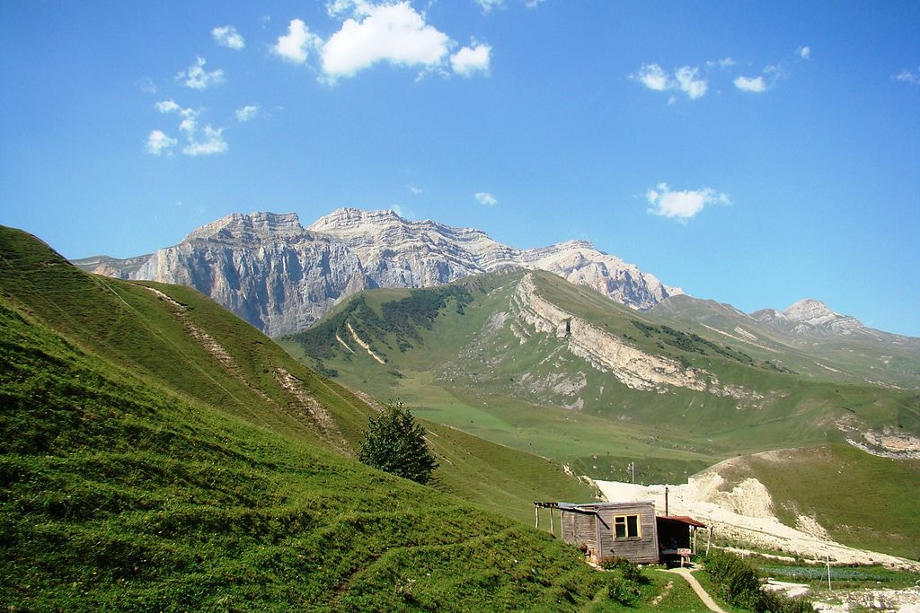 Şahdağ_Mountain,_Qusar,_2013