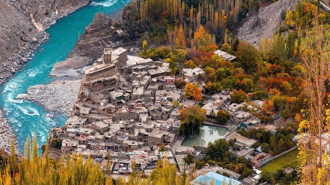 Altit_Fort_from_Hunza_Top