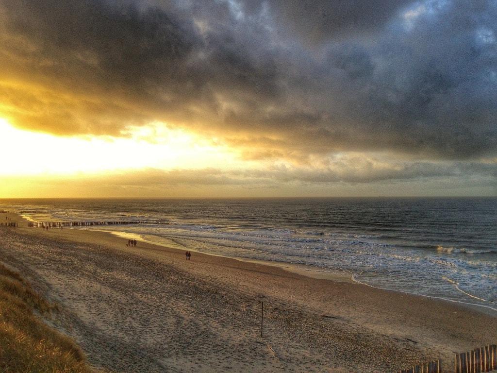 beach-241315_1920 (1)