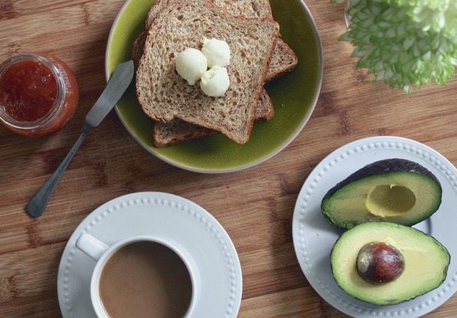 breakfast-1425702_1920
