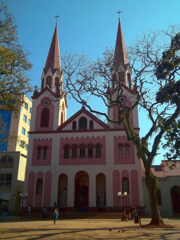 Catedral_San_José_de_Posadas_-_Vista_frente
