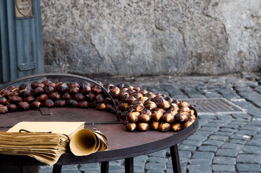 chestnuts-2875096_1280