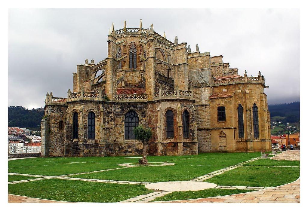 Church of Santa María de la Asunción, Castro Urdiales   ©KANO PHOTO / Wikimedia Commons