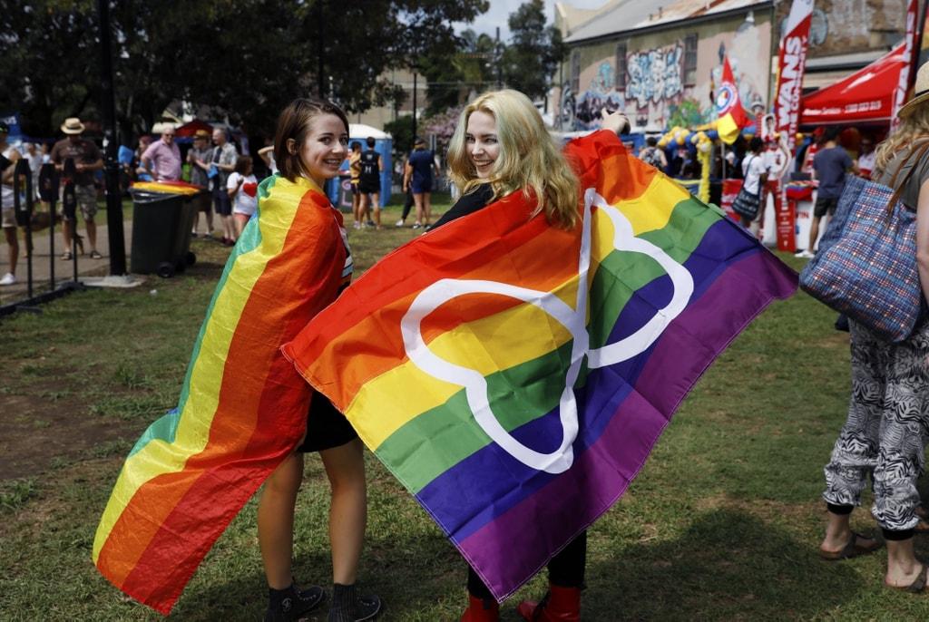 2018 Award Best Film Gay Glitter Lesbian