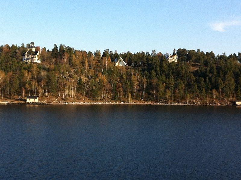 Drottningvägen_23,_132_37_Saltsjö-boo,_Sweden_-_panoramio