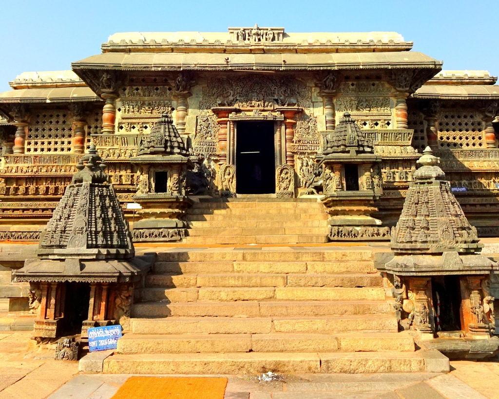 Chennakeshava Temple, Belur | © Abhin@v