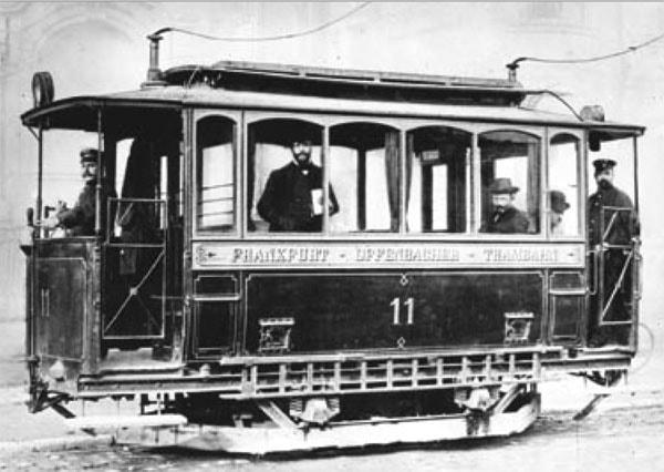 Electric_tram-_Siemens_1884_in_Frankfurt