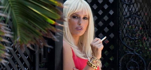 Penélope Cruz as Donatella Versace in <em>The Assassination of Gianni Versace</em> | © FX Channel