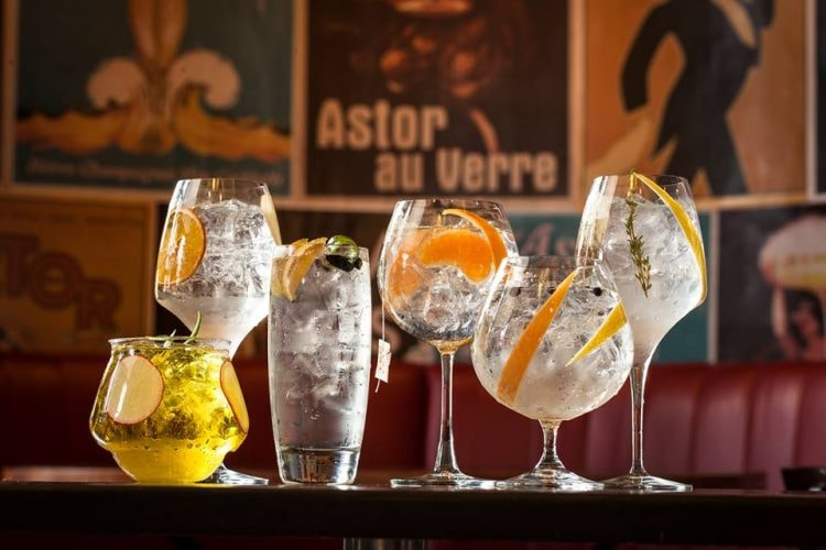 Drinks at Bar Astor | Courtesy of Bar Astor