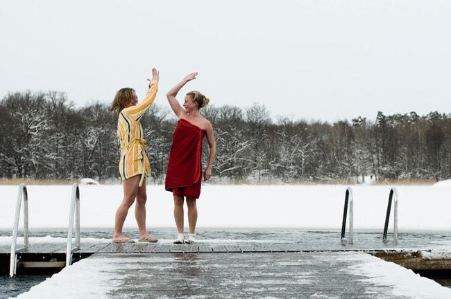 helena_wahlman-winter_swim-61