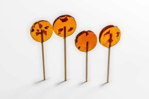 RONI-SUE 0115 maple bacon lollipops