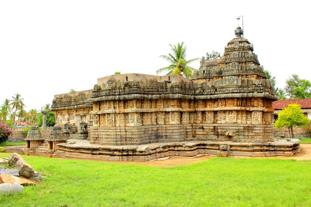 Mallikarjuna Temple, Basaralu | © Abhin@v