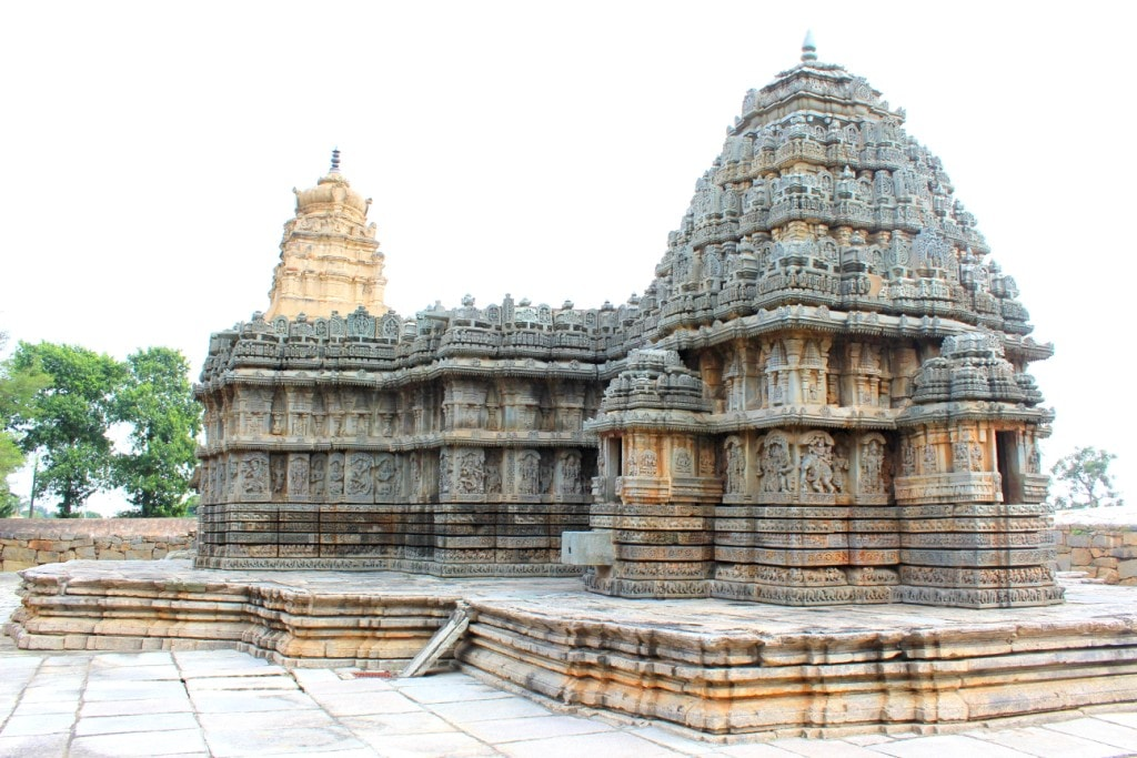 Lakshmi Narasimha Temple, Nuggehalli | © Abhin@v