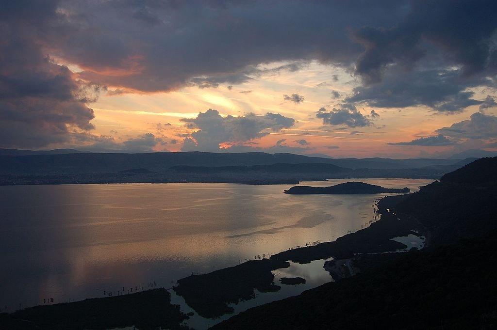 Ioannina_lake_10