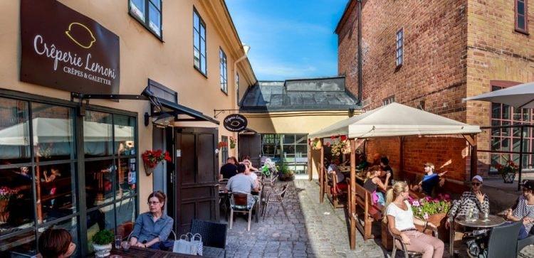 Enjoy the delightful outdoor seating area | Courtesy of Crêperie Lemoni