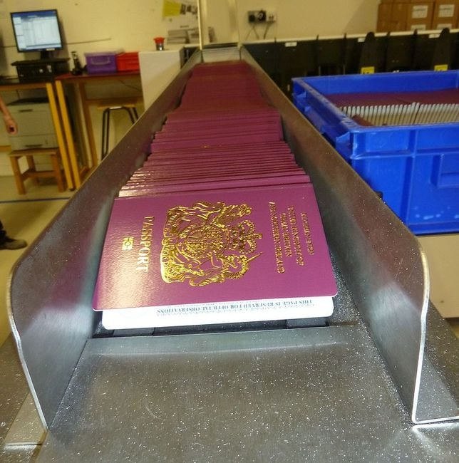Manufacturing_passports_of_the_United_Kingdom