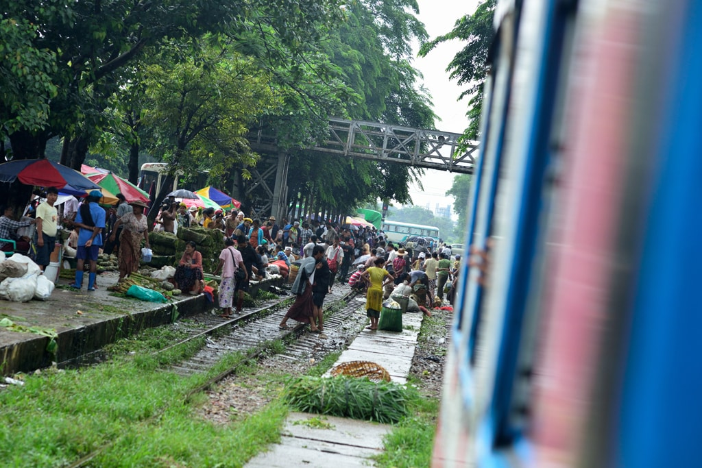 Market-Pouring-over-Train-Tracks-in-Myanmar