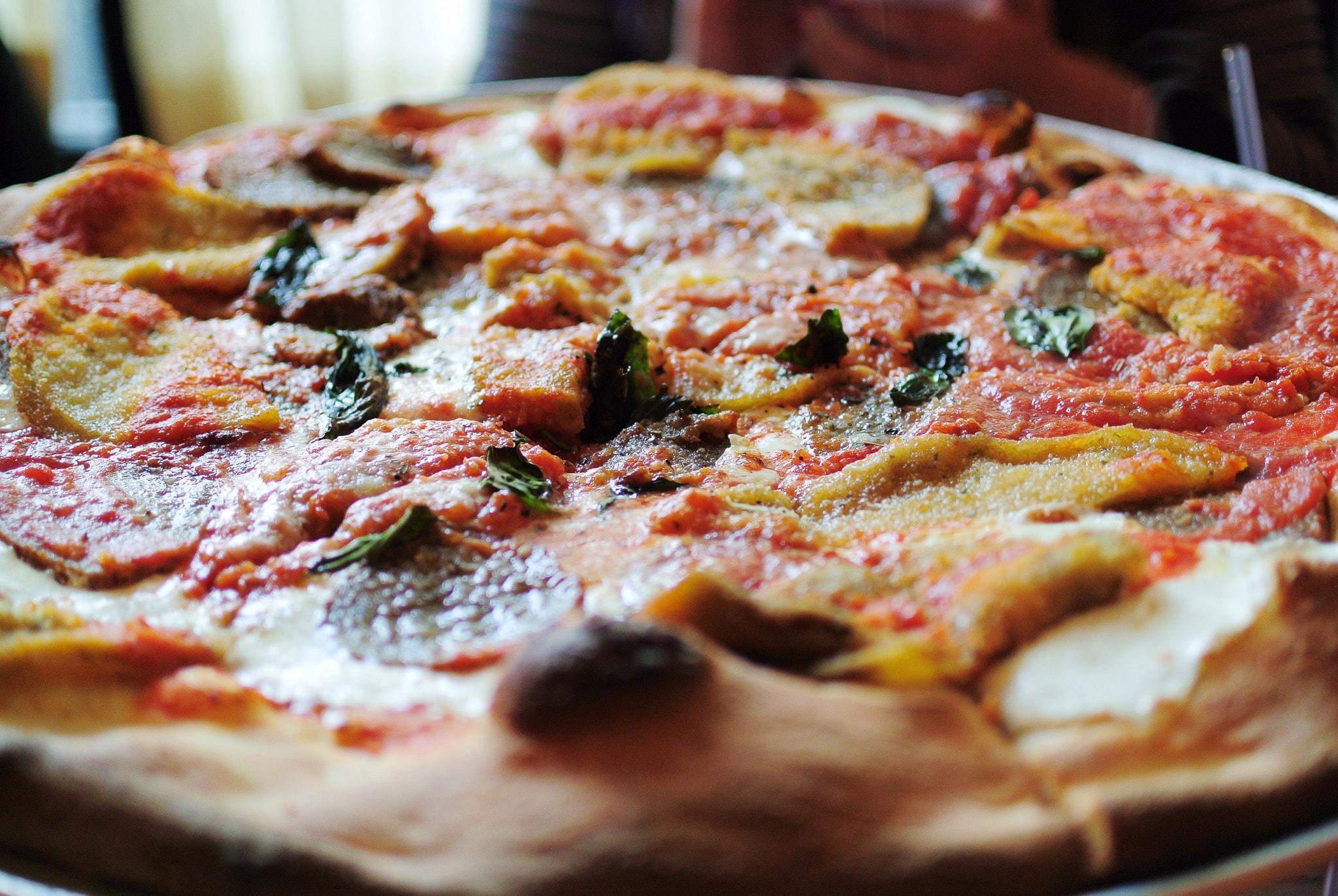 New York pizza | Chun Yip So Flickr