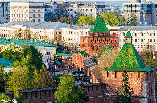 Nizhny_Novgorod_Kremlin_from_the_roof