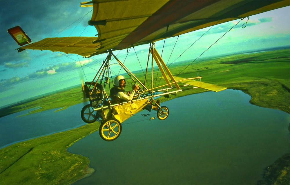 Charles O'Rear flies ultralight in North Dakota