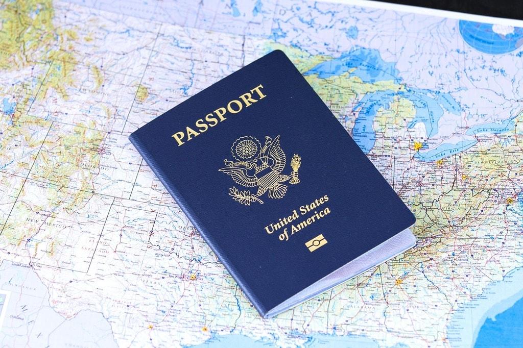 passport-2642170_1280