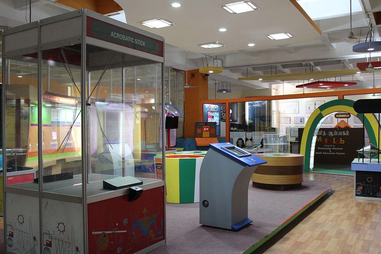 Periyar_Science_and_Technology_Centre_and_Birla_Planetarium,_Chennai_21