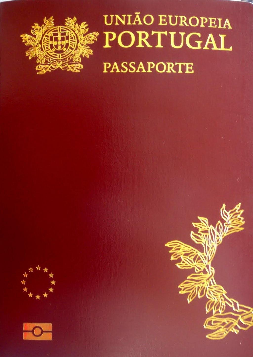 https://commons.wikimedia.org/wiki/File:Portuguese_passport.JPG