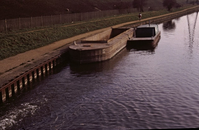 River_Lee_Navigation_at_Pickett's_Lock,_London_-_geograph.org.uk_-_346366