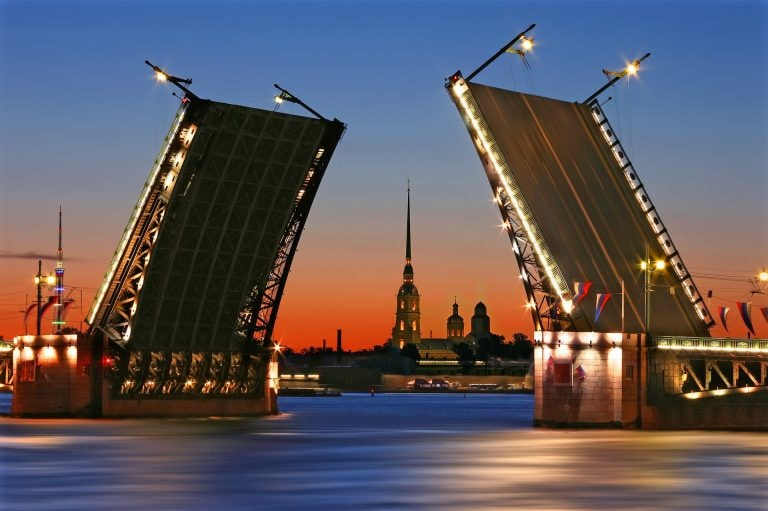 11 Tourist Traps to Avoid in St Petersburg
