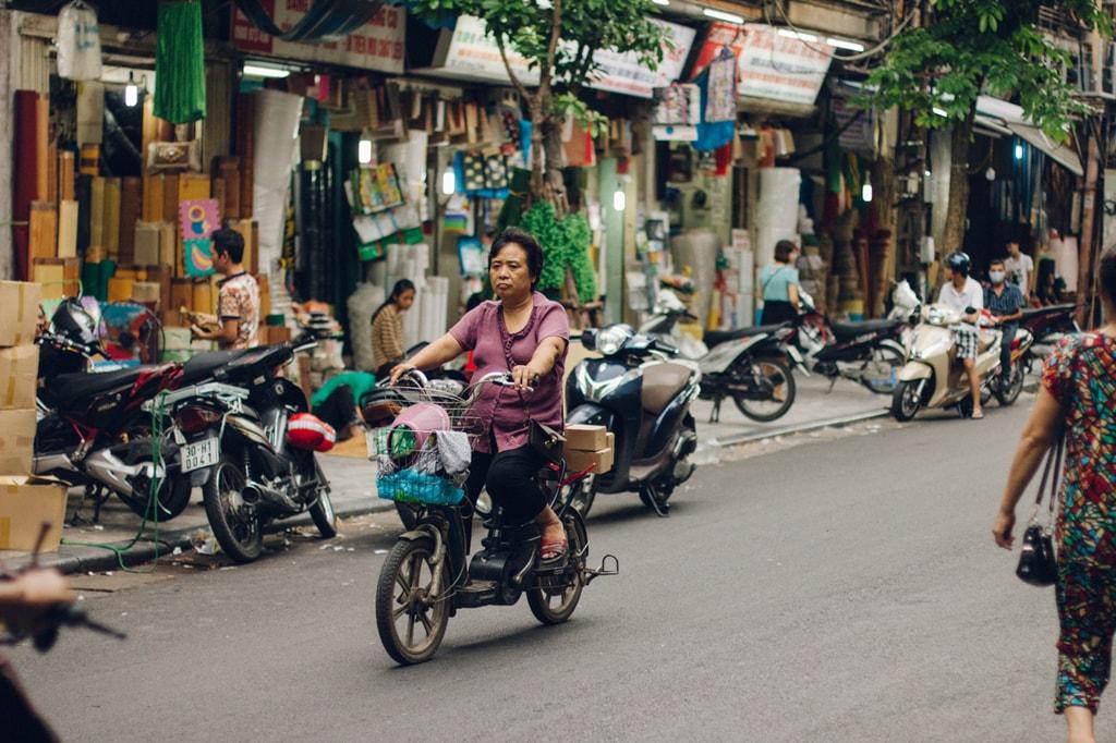 SCTP0014-POCOCK-VIETNAM-HANOI-STREETS-86-17