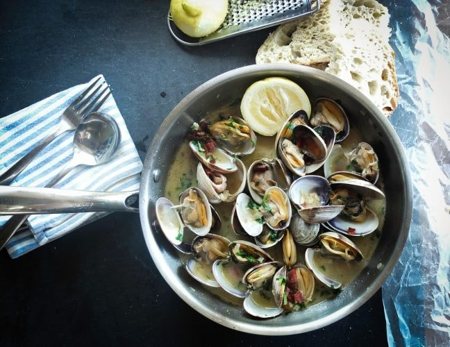 Clams in sauce CC0 Pixabay