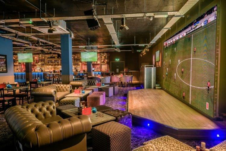 Shooters Sports Bar, Birmingham | © Facebook