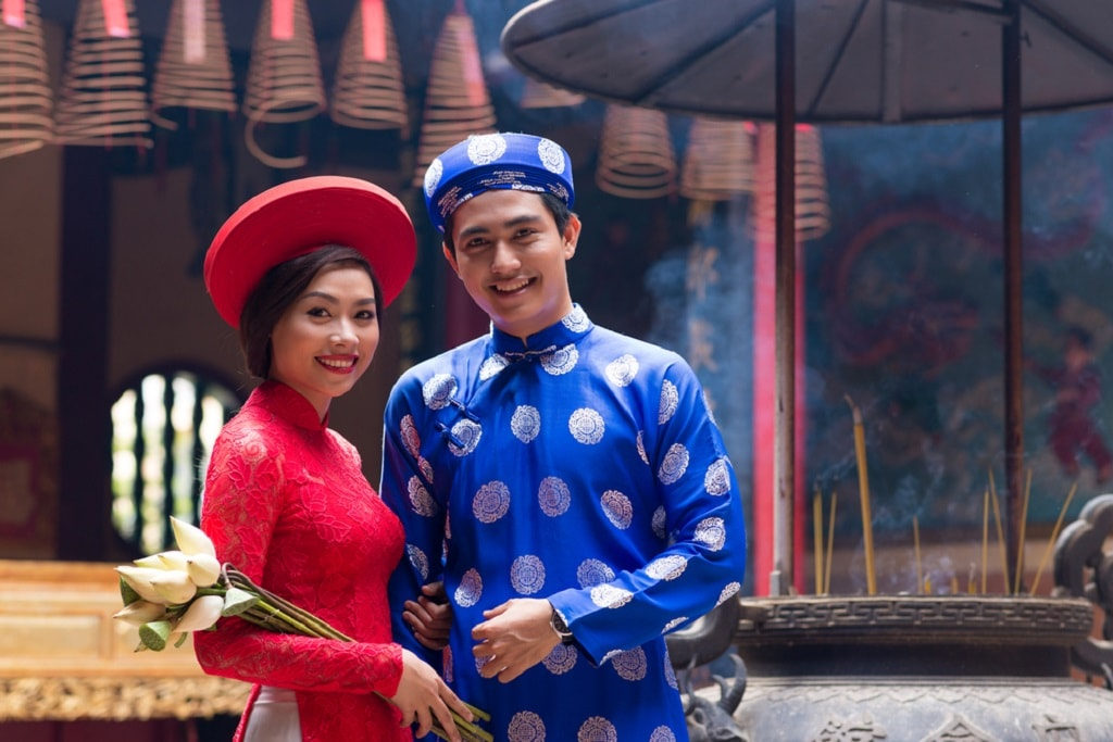 A Guide To Surviving Vietnamese Weddings