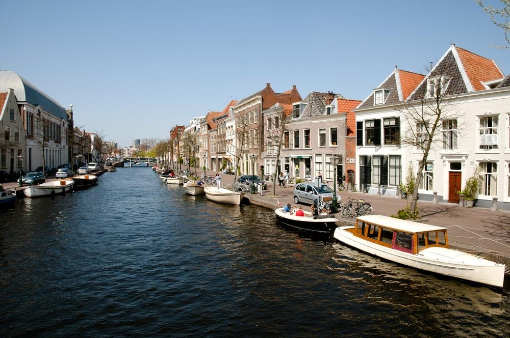 Leiden's canals | © Adwo/Shutterstock