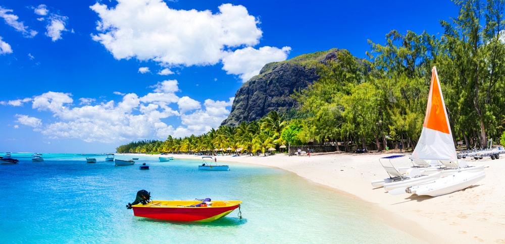 Le Morne, Mauritius | © leoks/Shutterstock