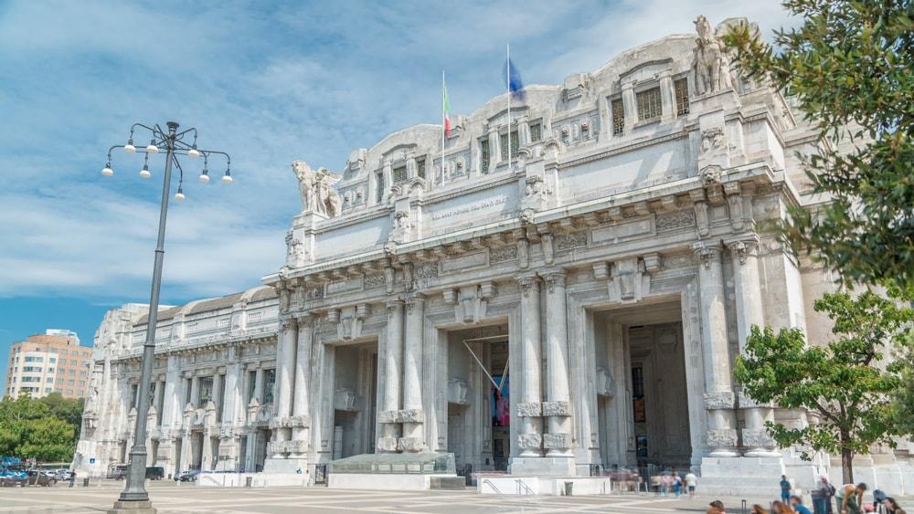 Stazione Centrale in Milan, Italy | © Kirill Neiezhmakov/Shutterstock