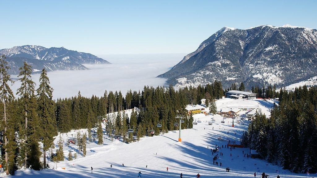 Ski_Garmisch_-_panoramio