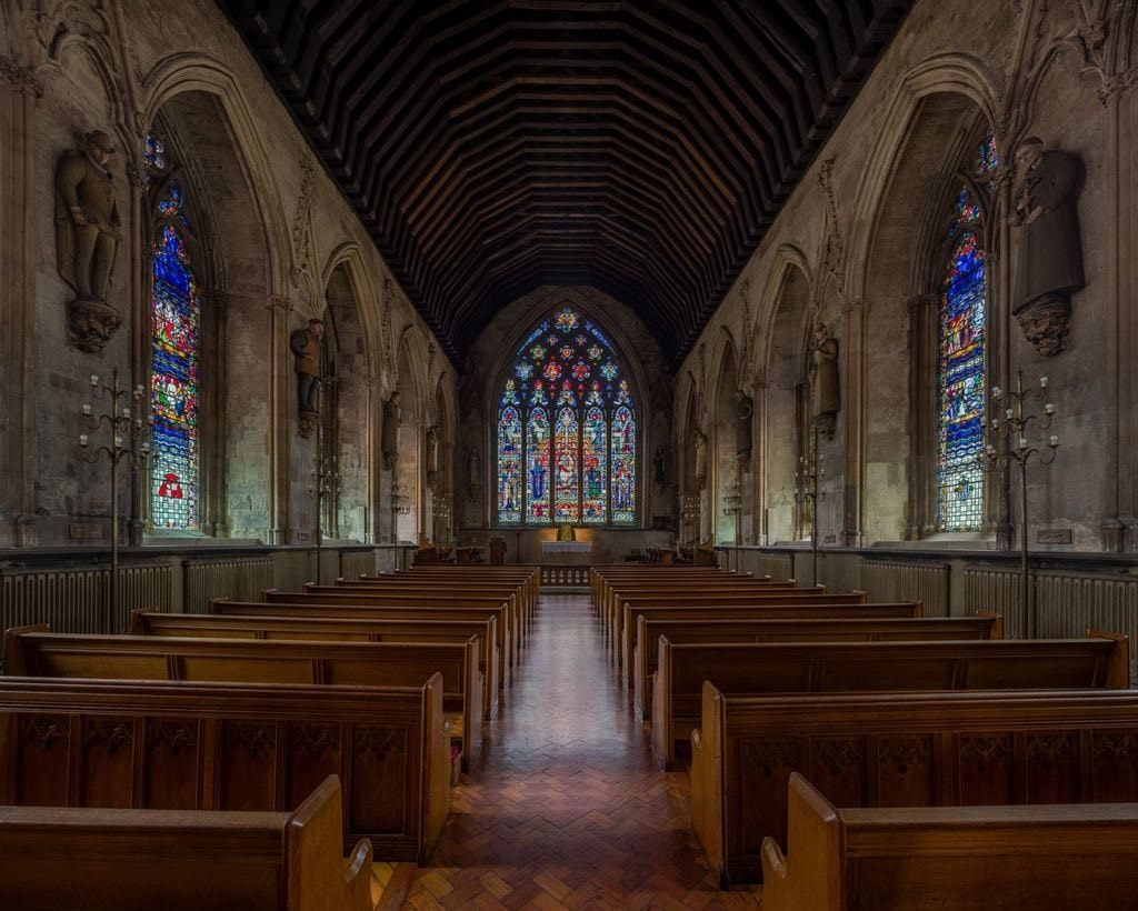 St_Etheldreda's_Church_Interior,_London,_UK_-_Diliff
